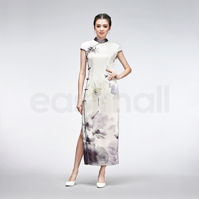 Picture of Embroidered White Silk Cheongsam