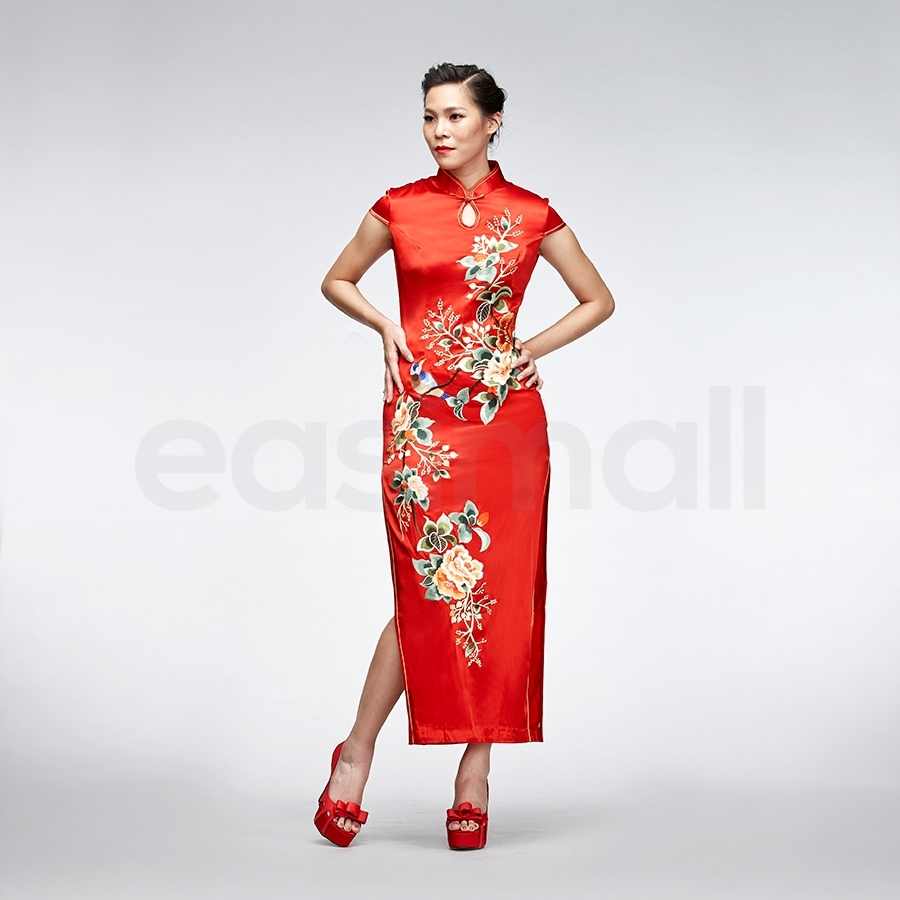 Picture of Floral Embroidered Cheongsam