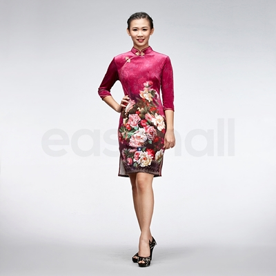 Picture of Embroidered Silk Velvet Cheongsam