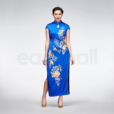 Picture of Blue Floral Embroidered Cheongsam